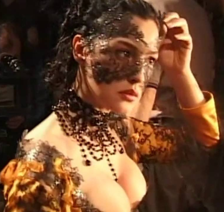 Monica Bellucci on set